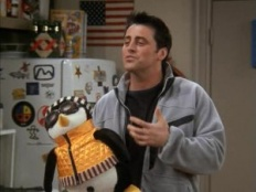 Friends 09x17 : The One With The Memorial Service- Seriesaddict